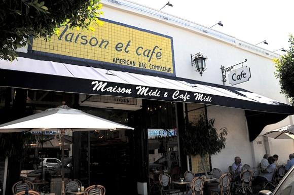 Maison Midi & Cafe Midi entrance